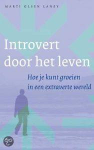 Marti Olsen Laney, Introvert door het leven.