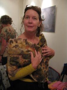Wilma met sjaal van Joke. 3-9-14