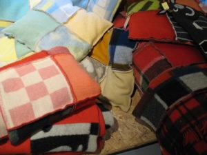 nieuwe dekens van oude dekens (2). NyHavn. 9-12-15